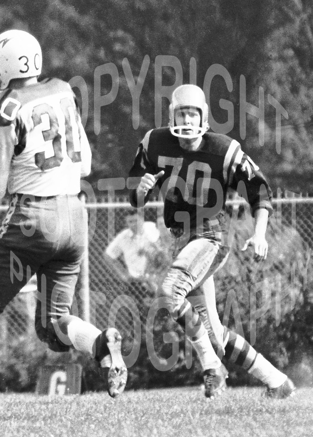 Bill Smith Edmonton Eskimos 1961. Copyright photograph Ted Grant
