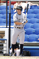 July 12, 2009:  Center fielder Damon Sublett of the Tampa Yankees during a game at Dunedin Stadium in Dunedin, FL.  Tampa is the Florida State League High-A affiliate of the New York Yankees.  Photo By Mike Janes/Four Seam Images