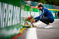 Motorsports: FIA Formula One World Championship, WM, Weltmeisterschaft 2020, Grand Prix of Belgium, 10 Pierre Gasly FRA, Scuderia AlphaTauri Honda lays flowers in memory of Anthoine Hubert FRA, who died during an F2 accident in 2019