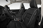 Front seat view of 2017 Toyota Sienna SE 5 Door Minivan Front Seat  car photos