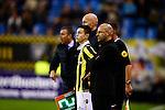 Nederland, Arnhem, 18 december 2015<br /> Eredivisie<br /> Seizoen 2014-2015<br /> Vitesse-FC Twente (5-1)<br /> Peter Bosz, trainer-coach van Vitesse laat de 16 jarige Mitchell van Bergen invallen