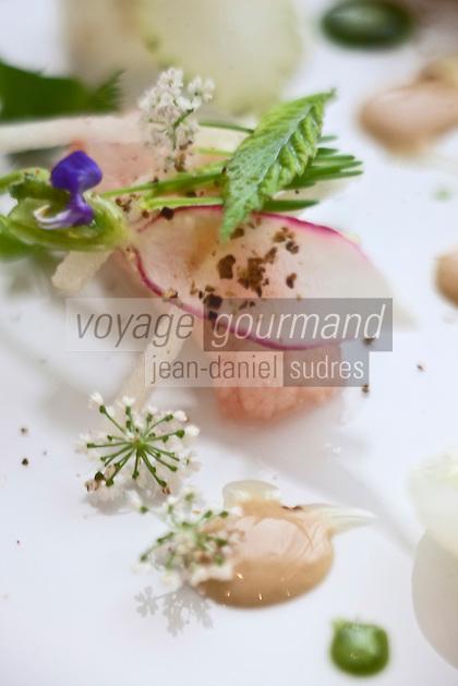 Europe/France/Auverne/63/Puy-de-Dôme/Durtol: langoustine toute fraîche, marinée, au crémeux d'araignée de mer et à l'égopode - recette de  Xavier Beaudiment - Restaurant: Le Pré Carré