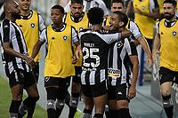 Rio de Janeiro (RJ), 05/06/2021 - BOTAFOGO-CORITIBA - Marco Antônio, do Botafogo, comemora gol. Partida entre Botafogo e Coritiba, válida pela Série B do Campeonato Brasileiro, realizada no Estádio Nilton Santos, neste sábado (05).
