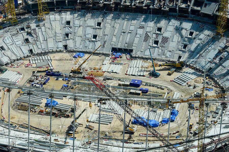 QATAR, Doha, construction site Khalifa International Stadium for FIFA world cup 2022, built by contractor midmac and sixt contract / KATAR, Doha, Baustelle Khalifa International Stadium fuer die  FIFA Fussballweltmeisterschaft 2022, auf den Baustellen arbeiten Gastarbeiter aus verschiedenen Ländern unter dem Kafala System