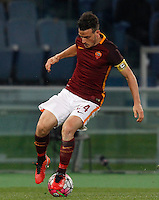Calcio, Serie A: Roma vs Fiorentina. Roma, stadio Olimpico, 4 marzo 2016.<br /> Roma's Alessandro Florenzi in action during the Italian Serie A football match between Roma and Fiorentina at Rome's Olympic stadium, 4 March 2016.<br /> UPDATE IMAGES PRESS/Riccardo De Luca