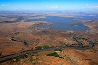 4415 / Oranje: AFRIKA, SUEDAFRIKA, 12.01.2007: Wasserkraft am Orange River, Stromerzeugung, Wasserversorgung, Orange River Projekt, Oranje, Gariep, Bewaesserung, Wasserspeicher in der Wueste Karoo