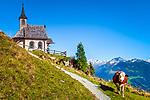 Oesterreich, Tirol, Zillertal, Zellberg: Kapelle beim Almstueberl Zellberg Buam | Austria, Tyrol, Ziller Valley, Zellberg: chapel near mountain inn Zellberg Stueberl