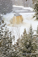 Tahquamenon Falls, Winter, portrait