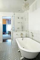 contemporary white bathtub