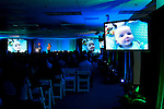 Father and mother tell the story of their son's lifesaving operations using Covidien technology to a large group.
