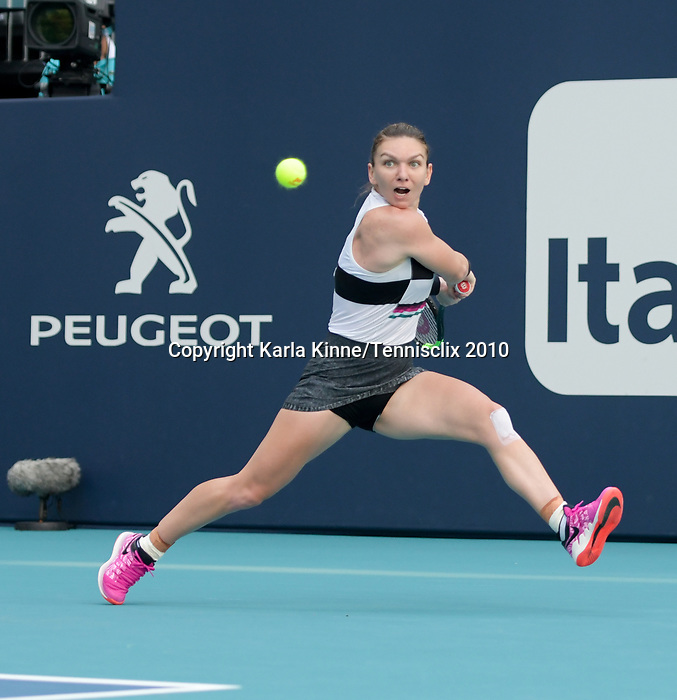 March 27, 2019: Simona Halep (ROU) defeated Qiang Wang (CHN) 6-4, 7-5, at the Miami Open being played at Hard Rock Stadium in Miami, Florida. ©Karla Kinne/Tennisclix 2010/CSM