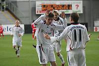 Torsch¸tze Steffen Ries feiert mit STeffen Schneider (beide FC Bayern M¸nchen) den Treffer zum 1:1