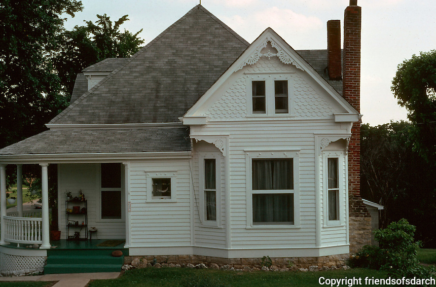 Augusta:  Queen Anne style house.  Photo '77.