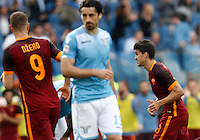 Calcio, Serie A: Lazio vs Roma. Roma, stadio Olimpico, 3 aprile 2016.<br /> Roma's Diego Perotti, right, celebrates after scoring during the Italian Serie A football match between Lazio and Roma at Rome's Olympic stadium, 3 April 2016.<br /> UPDATE IMAGES PRESS/Riccardo De Luca