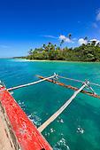 Balade en pirogue traditionnelle, baie d'Upi, Ile des Pins, Nouvelle-Calédonie