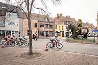 Franziska Koch(DEU/Sunweb) & the horsed fisherman<br /> <br /> AG Driedaagse Brugge-De Panne 2020 (1.WWT)<br /> 1 day race from Brugge to De Panne (156km) <br /> <br /> ©kramon