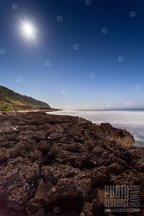 Ka'ena Point shoreline under a full moon, Mokule'ia, O'ahu.