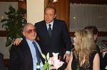 """ALFREDO BIONDI CON SILVIO BERLUSCONI E VALERIA LICASTRO<br /> 75° COMPLEANNO DI LINO JANNUZZI - """"DA FORTUNATO AL PANTHEON"""" ROMA 2003"""