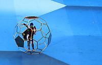 MOSCU - RUSIA, 15-07-2018:Espectáculo durante la ceremonia de clausura previo al partido por la final entre Francia y Croacia de la Copa Mundial de la FIFA Rusia 2018 jugado en el estadio Luzhnikí en Moscú, Rusia. / Closed ceremony prior the match between France and Croatia of the final for the FIFA World Cup Russia 2018 played at Luzhniki Stadium in Moscow, Russia. Photo: VizzorImage / Cristian Alvarez / Cont
