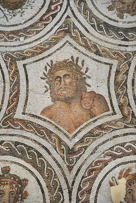 Picture of a Roman mosaics design depicting Aion and the Four Seasons, from the ancient Roman city of Thysdrus. 3rd century AD. El Djem Archaeological Museum, El Djem, Tunisia.