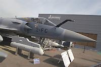 - fighter aircraft  Dassault Mirage 2000, detail of the armament of bombs and missiles (France)....- aereo da caccia  Dassault Mirage 2000, particolare dell'armamento di bombe e missili (Francia)