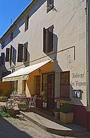 The restaurant Auberge des Vignes (The Hostel of the vines) in the village of Sauternes, Bordeaux, Gironde, Aquitaine, France