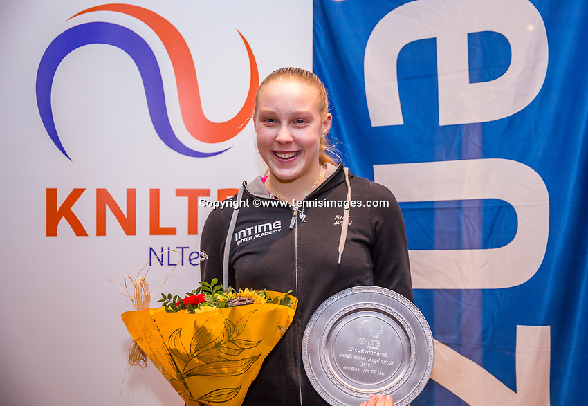 Hilversum, Netherlands, December 3, 2017, Winter Youth Circuit Masters, 12,14,and 16, years, prizegiving 16 years, Melissa Boyden overall winner girls 16 years<br /> Photo: Tennisimages/Henk Koster