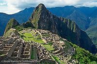 Machu Picchu, Inca ruins in the Andes, cloud forest, Urubamba Valley, Cuzco, Peru.