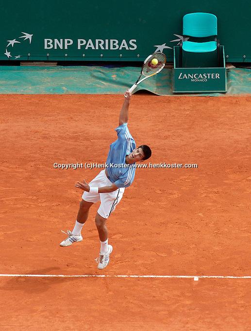 17-4-06, Monaco, Tennis,Master Series,   in action against Federer