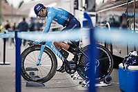 Nairo Quintana (COL/Movistar) warming up for Stage 5 (ITT): Barbentane to Barbentane (25km)<br /> 77th Paris - Nice 2019 (2.UWT)<br /> <br /> ©kramon