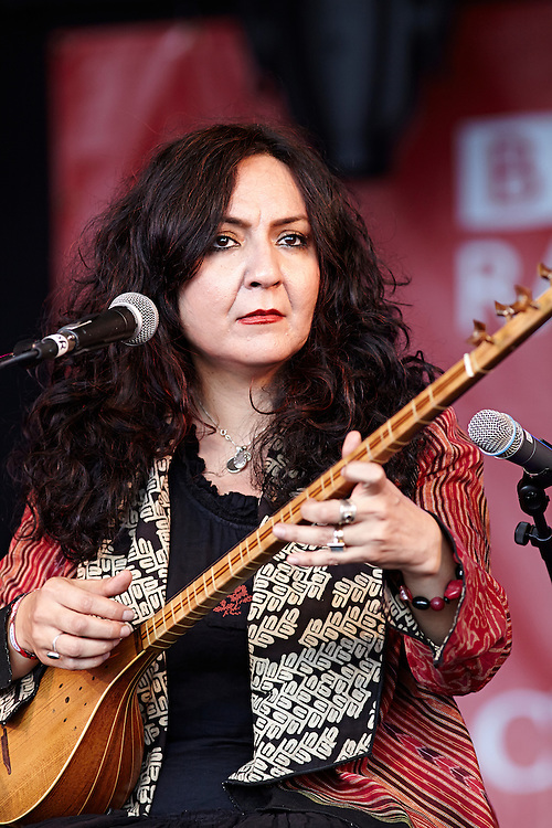 © John Angerson<br /> Iranian sisters Mahsa and Marjan Vahdat at Womad music festival Charlton Park, Wiltshire, July 2014. Founder of Womad