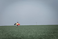 kid running to catch the riders passong over the next sector<br /> <br /> 116th Paris-Roubaix (1.UWT)<br /> 1 Day Race. Compiègne - Roubaix (257km)