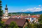 Deutschland, Bayern, Niederbayern, Deggendorf: Blick ueber die Stadt, links die Stadtpfarrkirche Mariae Himmelfahrt | Germany, Lower Bavaria, Deggendorf: town view, at foreground parish church Mary Ascencion