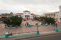 Cuba, am Platz Parque Cespedes in Santiago de Cuba