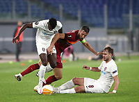 Football Soccer: UEFA Europa League UEFA Europa League Group A  AS Roma vs FCR Cluj, Olympic stadium, Rome, 5 November, 2020.<br /> Roma's Bryan Cristante (c) in action with Cluj' Michael Pereira (l) and Damjan Dokovic (r) during the Europa League football match between Roma and Cluj at the Olympic stadium in Rome on  5 November, 2020.<br /> UPDATE IMAGES PRESS/Isabella Bonotto
