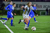 Charleroi midfielder Megane Vos (20) pictured during a female soccer game between Sporting Charleroi and KRC Genk Ladies on the 9th matchday of the 2020 - 2021 season of Belgian Scooore Womens Super League , friday 11 th of December 2020  in Marcinelle , Belgium . PHOTO SPORTPIX.BE | SPP | STIJN AUDOOREN