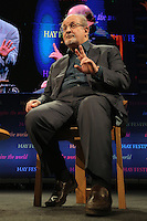 Pictured: Salman Rushdie Monday 30 May 2016<br /> Re: Hay Festival, Hay on Wye, Wales, UK