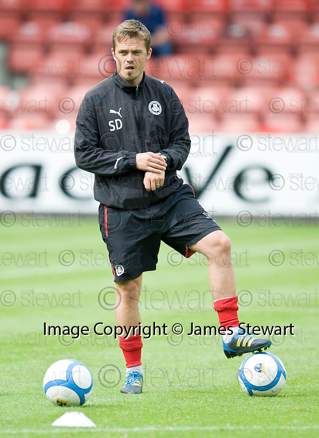 Partick assistant manager Simon Donnelly.
