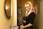 Milano, 30/09/2005.Sabina Negri, la prima moglie didell'Onorevole Calderoli,<br />  nella sua casa, Sabina Negri in her house