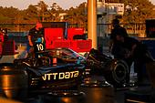 #10 Alex Palou, Chip Ganassi Racing Honda crew