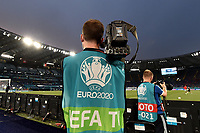 A tv cameraman at work during the Uefa Euro 2020 Group stage - Group A football match between Italy and Switzerland at stadio Olimpico in Rome (Italy), June 16th, 2021. Italy won 3-0 over Switzerland. Photo Andrea Staccioli / Insidefoto