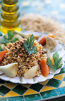 """Europe/France/Provence-Alpes-Côte d'Azur/84/Vaucluse/Crillon-le-Brave: Risotto de petit épeautre de Sault, légumes de saison - recette de Philippe Monti chef de """"l'Hostellerie de Crillon-le-Brave"""""""