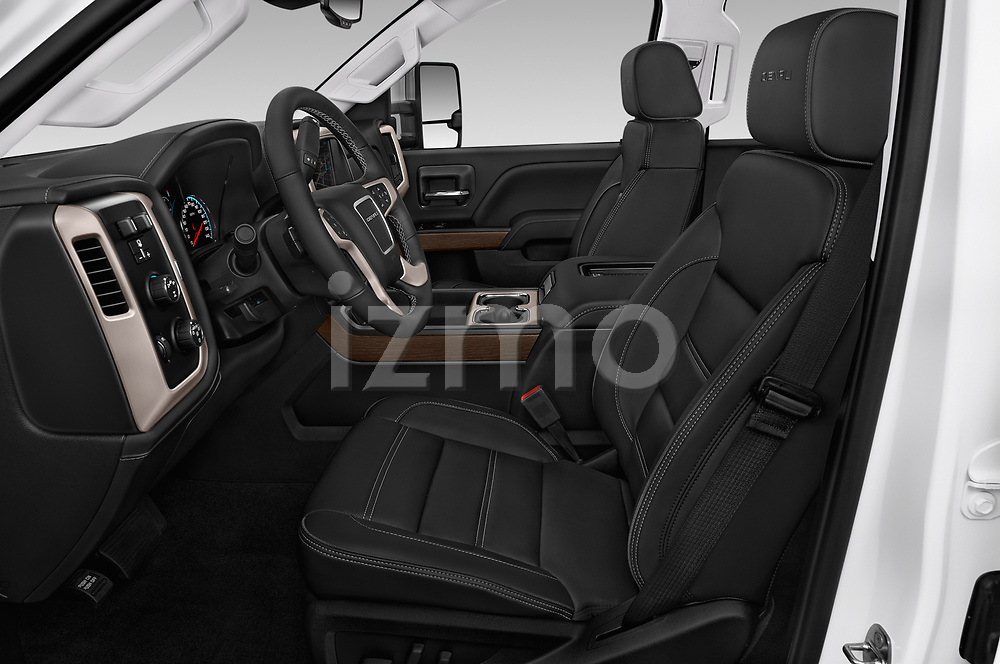 Front seat view of a 2019 GMC Sierra 2500 Denali 4 Door Pick Up front seat car photos