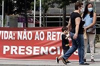 11/02/2021 - ATO DOS PROFESSORES CONTRA A VOLTA DAS AULAS PRESENCIAIS