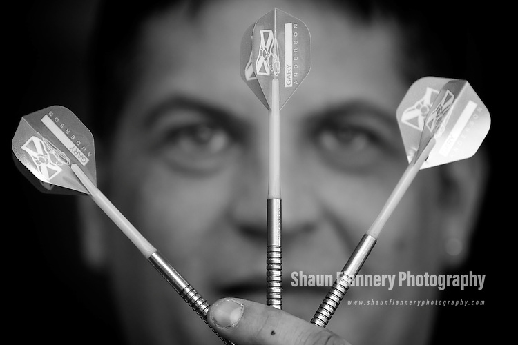 Pix: Shaun Flannery/shaunflanneryphotography.com...COPYRIGHT PICTURE>>SHAUN FLANNERY>01302-570814>>07778315553>>..4th February 2011..............Bensons for Beds, Centurion Way, Doncaster..Darts player Gary Anderson.