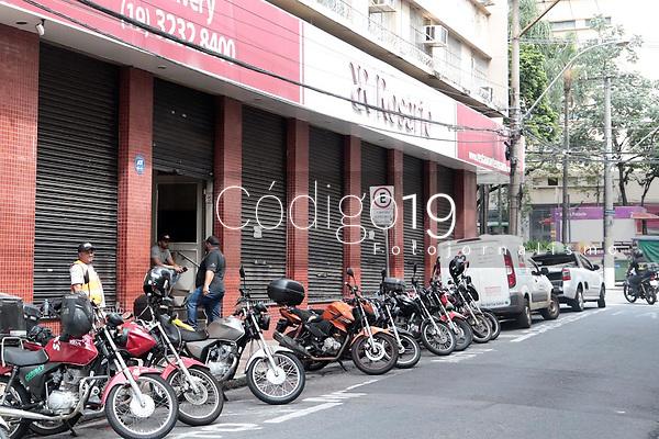 Campinas (SP), 08/01/2020 - SAUDE - A vigilancia sanitaria da cidade de Campinas  (SP), fechou o restaurante Rosario nesta quarta-feira (8), no centro. (fOTO: DENNY CESARE/CODIGO19)