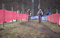 dominant riders Katie Compton (USA/KFCracing) & Sanne Cant (BEL/Enertherm-Beobank) side by side<br /> <br /> 2016 CX UCI World Cup Zeven (DEU)