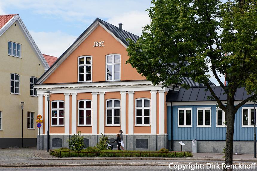 Häuser im Skåne-Stil am Gamla Torg, Trelleborg, Provinz Skåne (Schonen), Schweden, Europa<br /> House  im Skåne-Stil at Gamla Torg in Trelleborg, Sweden