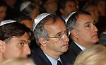 WALTER VELTRONI CON ENRICO GASBARRA E PIERO MARRAZZO CERIMONIA PER INAUGURAZIONE MUSEO EBRAICO ROMA 11/2005
