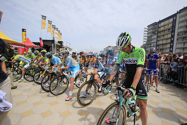 Riders line up for the start of the stage in Le Touquet, Stage 4 of the 2014 Tour de France running 163.5km from Le Touquet to Lille. 8th July 2014.<br /> Picture: Eoin Clarke www.newsfile.ie